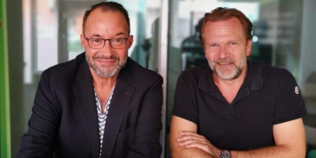 Moderator Holger Wemhoff mit Gast Sebastian Knauer