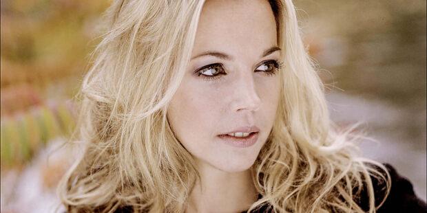"""Schlüpft in die Rolle der Marquise: Mojca Erdmann in """"Quartett"""""""