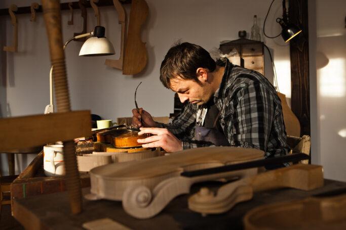Schauwerkstatt in der Erlebniswelt Musikinstrumentenbau in Markneukirchen