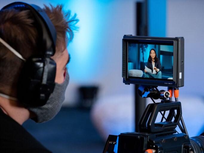 Die Heidelberg Music Conference tagt 2020 virtuell: Moderatorin Andrea Thilo wird für die über 200 Konferenzteilnehmer live gestreamt.