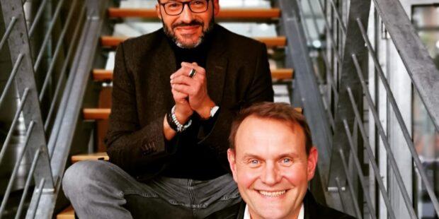 Moderator Holger Wemhoff gemeinsam mit Devid Striesow