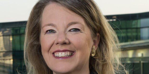 Ilona Schmiel