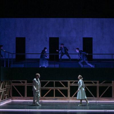 Jussi Myllys (Romeo) und Lavinia Dames (Julia)