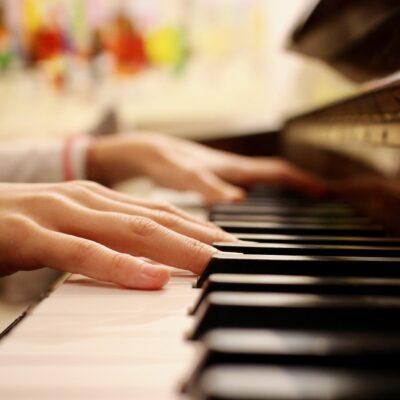Findet bereits seit 2011 online statt: Der Henle-Klavierwettbewerb für Kinder