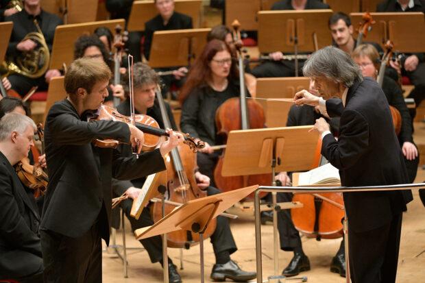 Als Bratscher ist man nicht allein: Konzert mit Kent Nagano