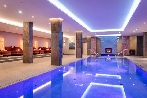 Der Artemacur Spa Pool im Klosterhof - Alpine Hideaway & Spa
