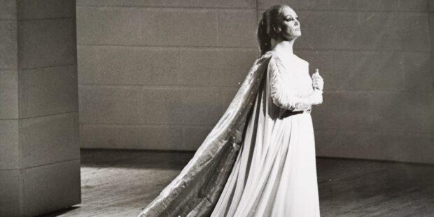 "1981 in Florenz: Edda Moser in ""Iphigénie en Tauride"""