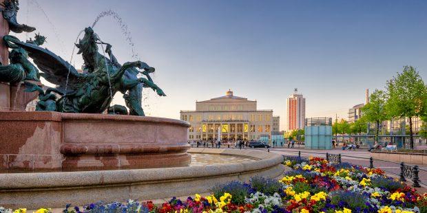 Augustusplatz mit der Oper Leipzig