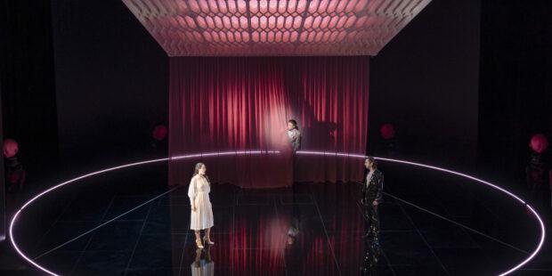 """Brittens """"Sommernachtstraum"""" in Halle: Vanessa Waldhart, Ki-Hyun Park, Leandro Marziotte"""